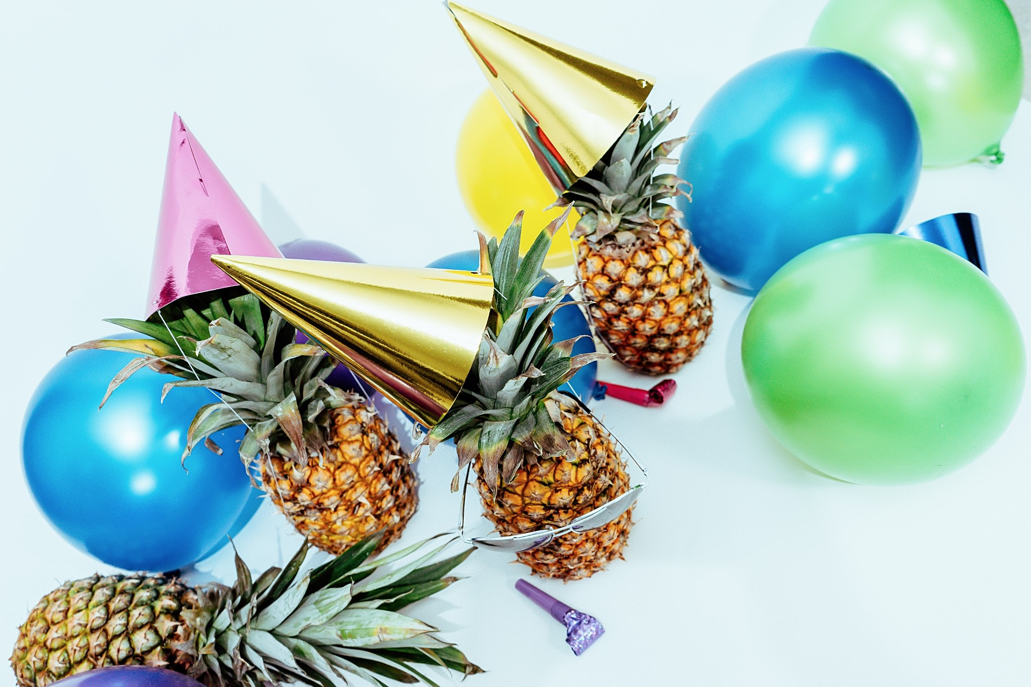 Party Time! Get the new Pineapple Party Photo Pack